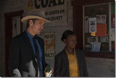 JUSTIFIED: Timothy Olyphant and Erica Tazel in the season premiere of JUSTIFIED airing Wednesday, Feb. 9 (10:00PM ET/PT) on FX. CR: Prashant Gupta / FX