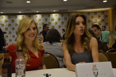 Vikings - Katheryn Winnick and Jessalyn Gilsig