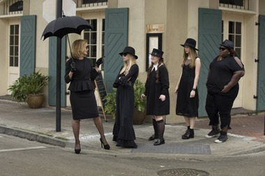 AMERICAN HORROR STORY: COVEN Bitchcraft - Episode 301 (Airs Wednesday, October 9, 10:00 PM e/p) --Pictured: (L-R): Jessica Lange as Fiona, Emma Roberts as Madison, Jamie Brewer as Nan, Taissa Farmiga as Zoe, Gabourey Sidibe as Queenie -- CR. Michele K. Short/FX