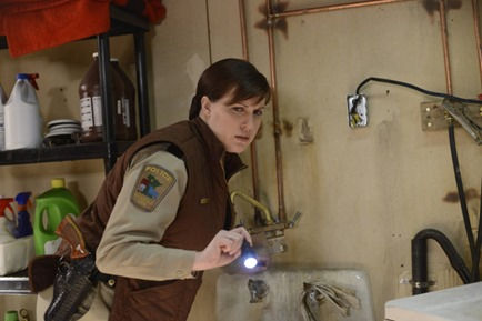 """FARGO """"The Six Ungraspables"""" -- Episode 105 -- Airs Tuesday, May 13, 10:00 pm e/p) -- Pictured: Allison Tolman as Molly Solverson -- CR: Chris Large/FX"""