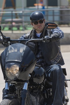 SONS OF ANARCHY Poenitentia -- Episode 603 -- Airs Tuesday, September 24, 10:00 pm e/p) -- Pictured: Charlie Hunnam as Jackson 'Jax' Teller -- CR: Prashant Gupta/FX
