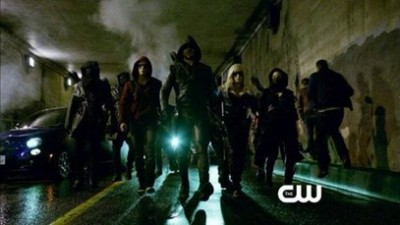 arrow-season-2-finale-heroes_thumb.jpg