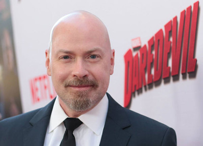 Steven Deknight headshot 5-13-15