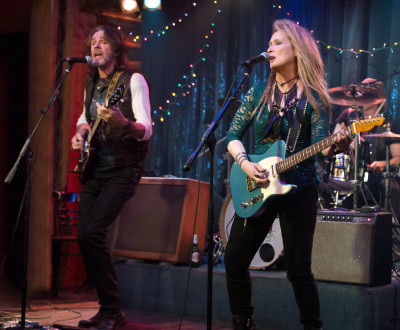 Streep & Springfield (Ricki & Greg) perform with the Flash at the Salt Well.