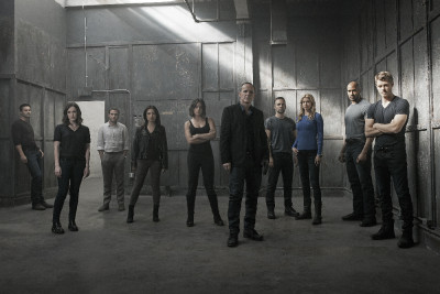 "MARVEL'S AGENTS OF S.H.I.E.L.D. - ABC's ""Marvel's Agents of S.H.I.E.L.D."" stars Brett Dalton as Grant Ward, Elizabeth Henstridge as Agent Jemma Simmons, Iain De Caestecker as Agent Leo Fitz, Ming-Na Wen as Agent Melinda May, Chloe Bennet as Agent Daisy Johnson, Clark Gregg as Director Phil Coulson, Nick Blood as Agent Lance Hunter, Adrianne Palicki as Agent Bobbi Morse, Henry Simmons as Agent Alphonso ""Mack"" MacKenzie and Luke Mitchell as Lincoln Campbell. (ABC/Kurt Iswarienkio )"