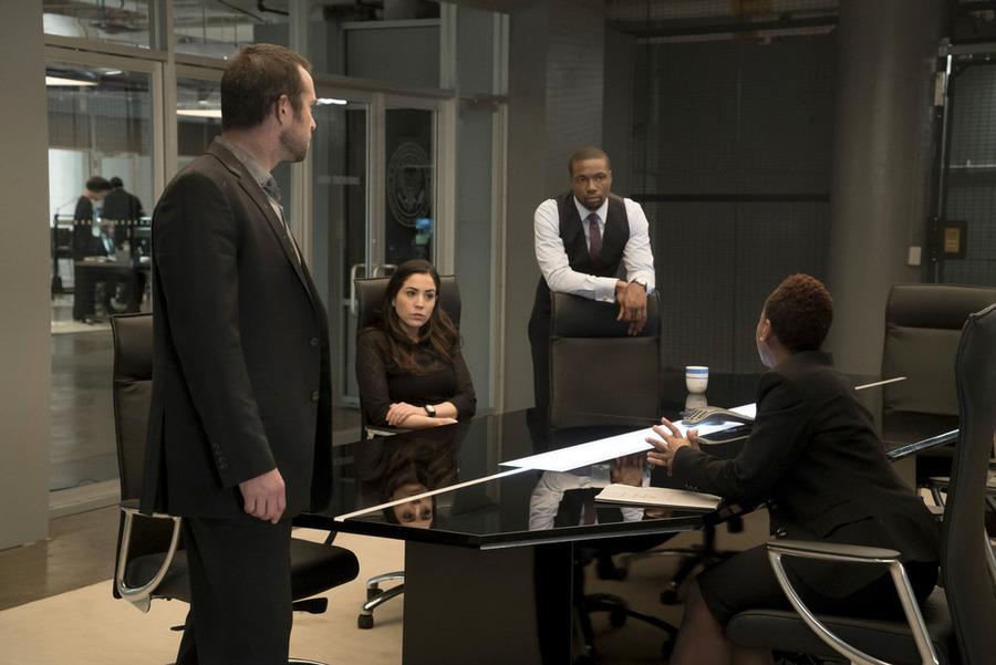 "BLINDSPOT -- ""Pilot"" -- Pictured: (l-r) Sullivan Stapleton as Kurt Weller, Audrey Esparza as Tasha Zapata, Rob Brown as Edgar Reed -- (Photo by: Virginia Sherwood/NBC)"