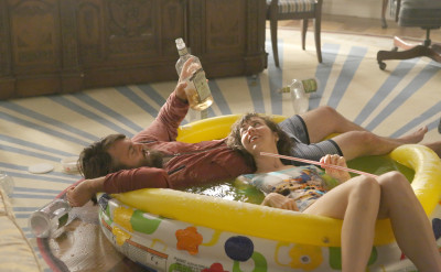 """THE LAST MAN ON EARTH: Phil (Will Forte, L) and Carol (Kristen Schaal, R) in the """"Is There Anybody Out There?"""" Season Two premiere episode of THE LAST MAN ON EARTH airing Sunday, Sept. 27 (9:30-10:00 PM ET/PT) on FOX. ©2015 Fox Broadcasting Co. Cr: Patrick McElhenney/FOX"""