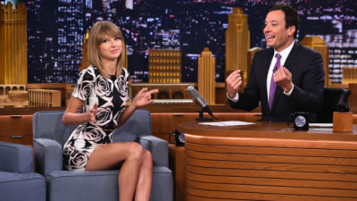 """NEW YORK, NY - AUGUST 13:  Taylor Swift visits """"The Tonight Show Starring Jimmy Fallon"""" at Rockefeller Center on August 13, 2014 in New York City.  (Photo by Theo Wargo/NBC/Getty Images for """"The Tonight Show Starring Jimmy Fallon"""")"""