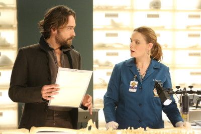 """BONES: L-R: Guest star Tim Mison and Emily Deschanel in the special """"The Resurrection in the Remains"""" BONES/SLEEPY HOLLOW crossover episode of BONES airing Thursday, Oct. 29 (8:00-9:00 PM ET/PT) on FOX. ©2015 Fox Broadcasting Co. Cr: Patrick McElhenney/FOX"""