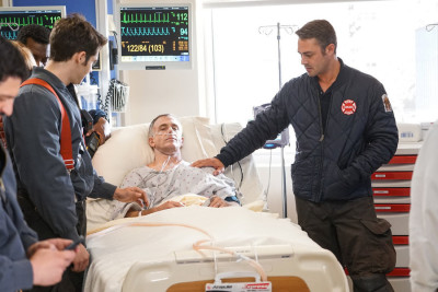 "CHICAGO FIRE -- ""The Beating Heart"" Episode 410 -- Pictured: (l-r) David Eigenberg as Christopher Herrmann, Taylor Kinney as Kelly Severide -- (Photo by: Elizabeth Morris/NBC)"