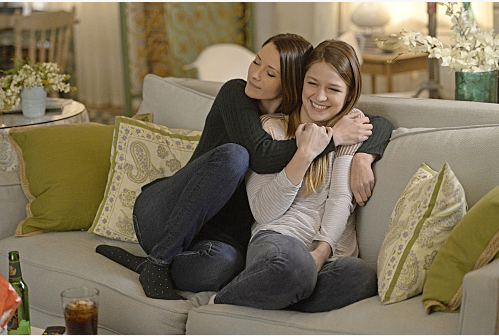 Pictured left to right: Chyler Leigh and Melissa Benoist Photo: Darren Michaels/Warner Bros. Entertainment Inc. © 2016 WBEI.