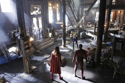 Supergirl - Supergirl & Flash & Livewire
