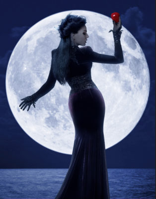 """ONCE UPON A TIME - ABC's """"Once Upon a Time"""" stars Lana Parrilla as Evil Queen/Regina. (ABC/Bob D'Amico)"""