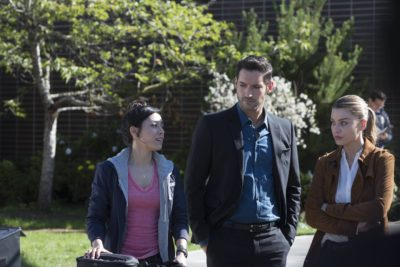 LUCIFER: L-R: Aimee Garcia, Tom Elis and Lauren German in ÒEverythingÕs Coming Up LuciferÓ season premiere episode of LUCIFER airing Monday, Sept. 19 (9:01-10:00 PM ET/PT) on FOX  ©2016 Fox Broadcasting Co. Cr: Michael Courtney/FOX.