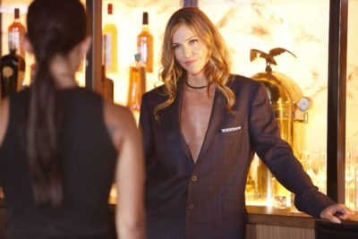 LUCIFER: Tricia Helfer in the ÒLiar, Liar, Slutty Dress on FireÓ episode of LUCIFER airing Monday, Oct. 3 (9:01-10:00 PM ET/PT) on FOX. Cr: Bettina Strauss/FOX.